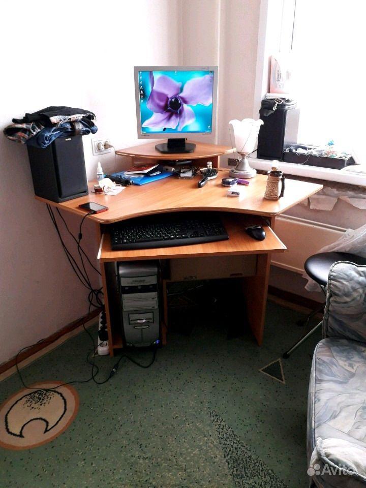 Компьютер в сборе со столом. Республика Хакассия,  Абакан