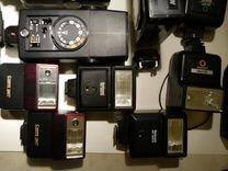 Различные универсальные вспышки на любые камеры — Фототехника в Москве