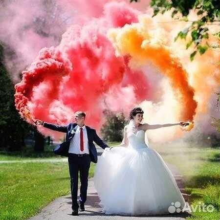 Картинки по запросу цветной дым на свадьбе