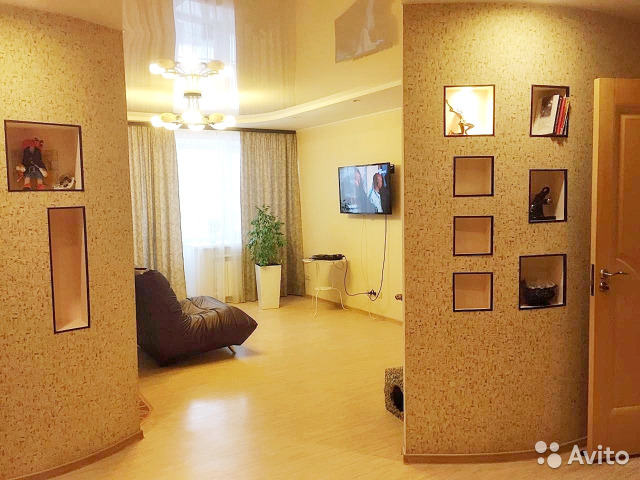 Продается трехкомнатная квартира за 5 950 000 рублей. улица Степана Разина, 19.