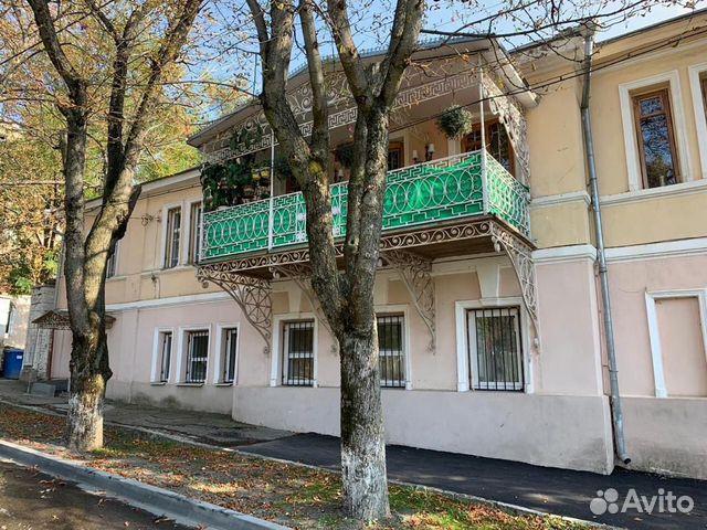 4-к квартира, 116 м², 1/2 эт.