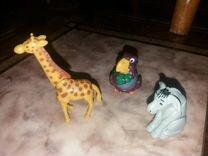 Киндер-сюрприз ракета жираф машина осел обмен