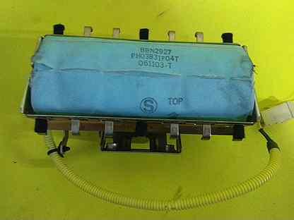 Подушка в торпеду пассажира Nissan X-Trail Т30 Т30