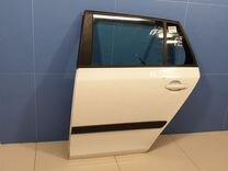Дверь левая задняя Skoda Fabia (5J)